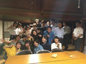 奈良県五條市に同社者大学の学生がフィールドワークを目的に訪れました。都市部の感性を持つ学生と地方がうまく関わっていくことで新たな価値の発見が期待できます。